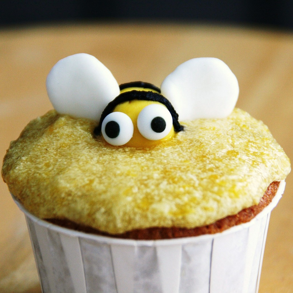 Honey-Bee-Cupcakes